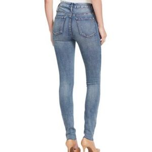 Jessica Simpson Jeans - Jessica Simpson • Curvy High Waisted Jeans